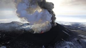 Volcano erupts in Russia's Kamchatka Penninsula