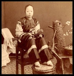 A woman whose feet are bound according to the Chinese tradition. Image courtesy of Okinawa Soba on Flickr.