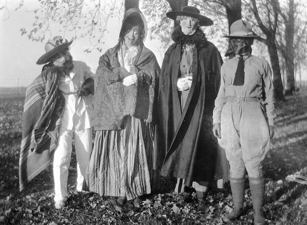 the colorful past of halloween treats | antiquitynow