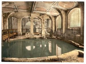 Roman Baths and Abbey, Circular Bath, Bath, England. Library of Congress.